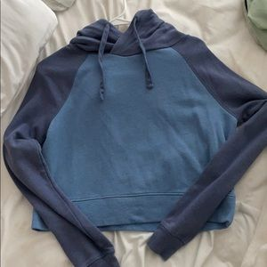 Two tone blue cropped hoodie